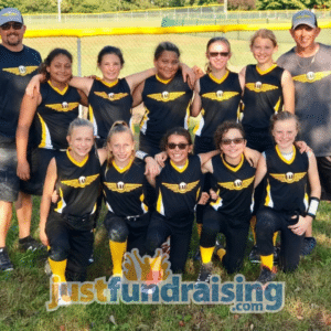 girls softball team in the field