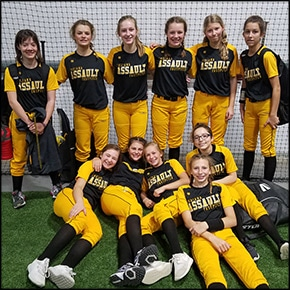 Lynhurst School fastpitch softball team